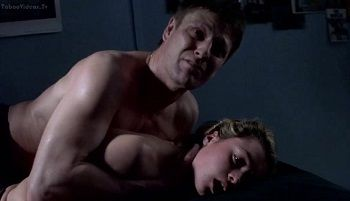 Alex Kingston, Holly Davidson - Hard sex scenes in crime thriller Essex Boys