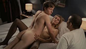 Young People Fucking - Sex scene with nude Natalie Lisinska