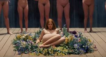 Isabelle Grill - Sex scene in Midsommar (2019)